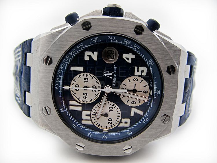Ap royal oak offshore 26020st oo timepiece trader for Royal oak offshore navy